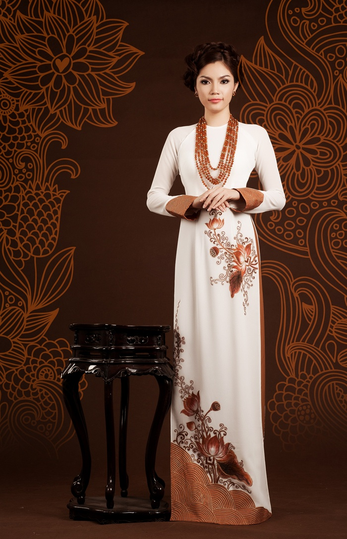 Vietnamese traditional gown