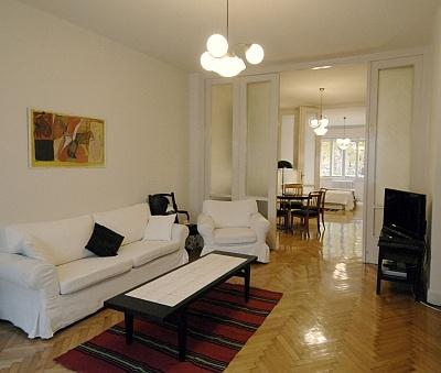 Black & White Luxury Apartment