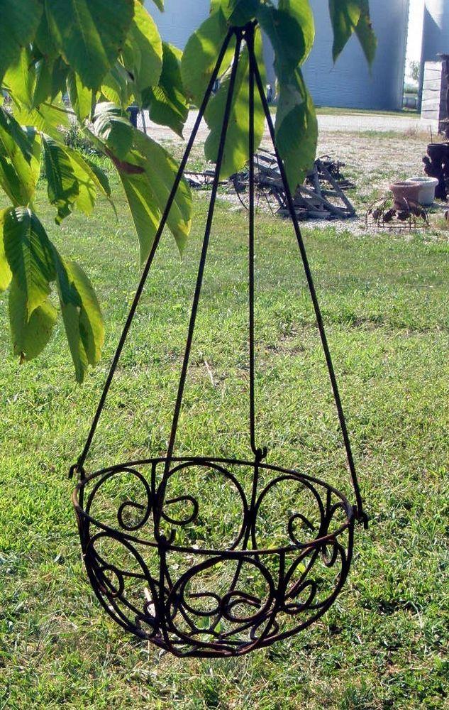 1000 ideas about metal garden flower on pinterest metal garden art metal yard art and metal - Metal hanging planter ...