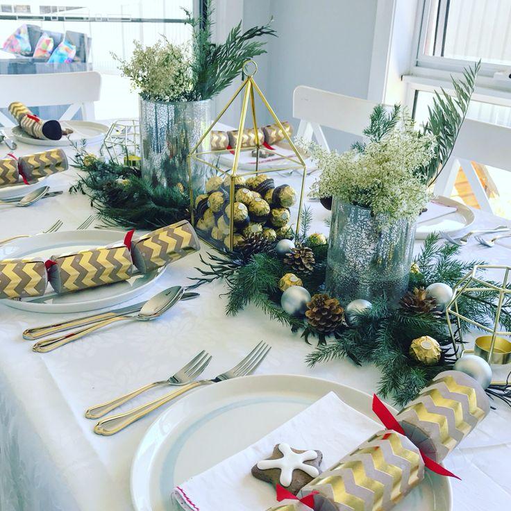 9 best Christmas Table Setting Ideas images on Pinterest | Metallic ...