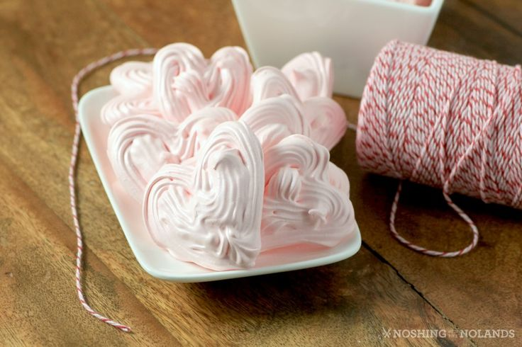Meringue Hearts by Noshing With The Nolands