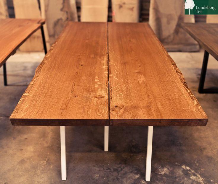 fede plankeborde af eg. lavet i dk