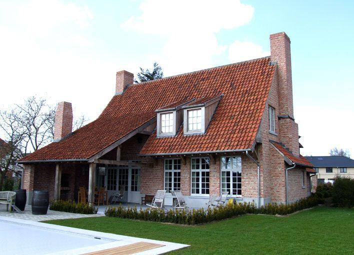 Landelijke woning achterkant huis pinterest architecture house and exterior - Eigentijds pergola hout ...