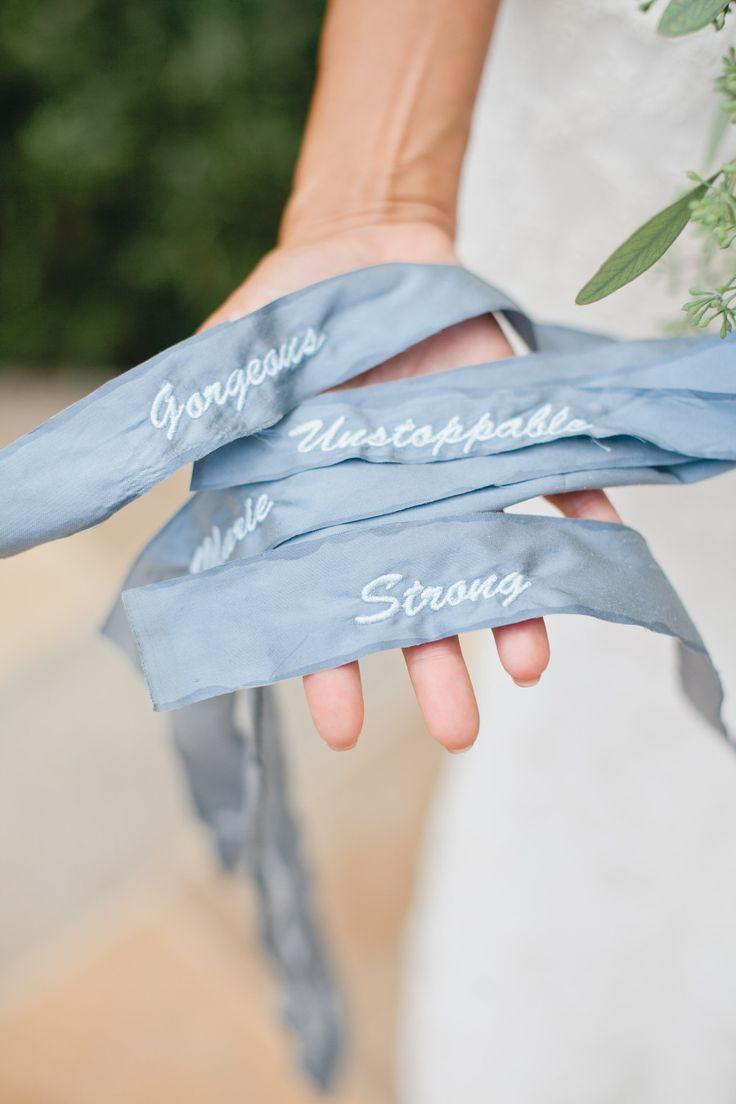 ช่อดอกไม้สีฟ้า ผูกริบบิ้นสีฟ้า | งานแต่งสีฟ้า | read more: sodazzling.com | Something blue wedding from Megan Welker Photography : meganwelker.com