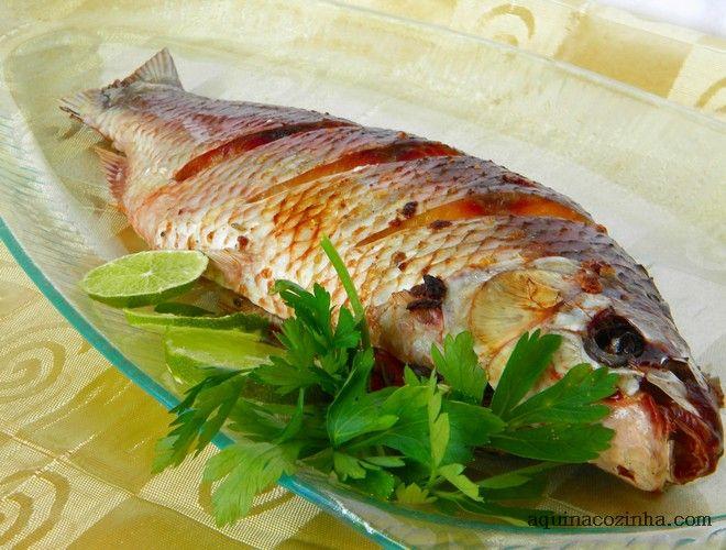 Peixe assado inteiro Peixe Assado Inteiro Recheado com Tomate e Ervas                                                                                                                                                     Mais