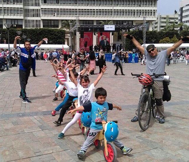 "32 Likes, 1 Comments - Fatih İzmir (@bisiklet_egitim_merkezi) on Instagram: ""Eğitim şenliğinde bisiklet eğitim merkezi Konak/İzmir"""