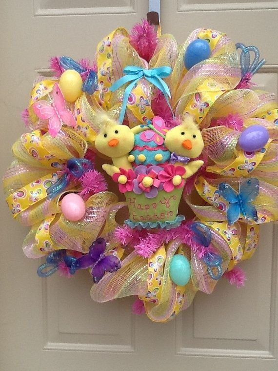 Easter Spring Mesh Wreath with Baby Chicks by Cindyswreathsand on Etsy Visit us on FB