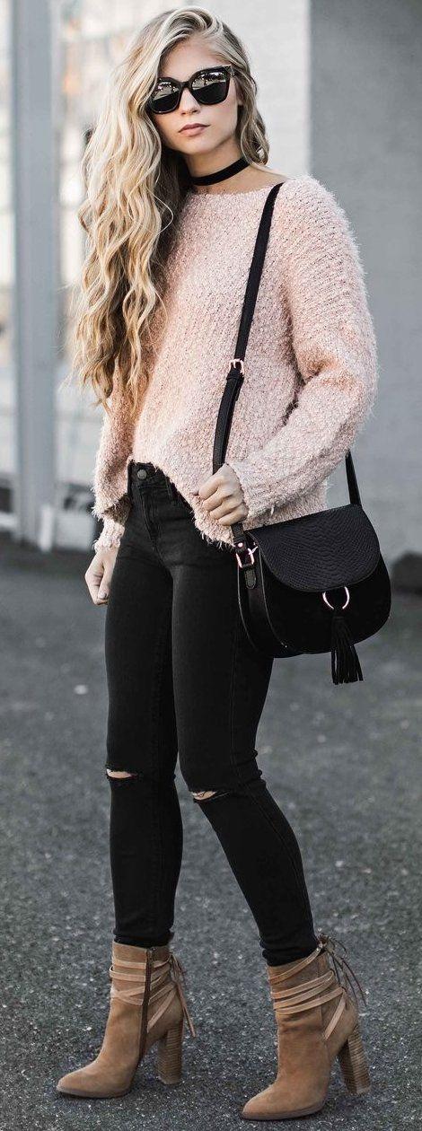 #fall #street #style | Blush + Black + Pop of Camel
