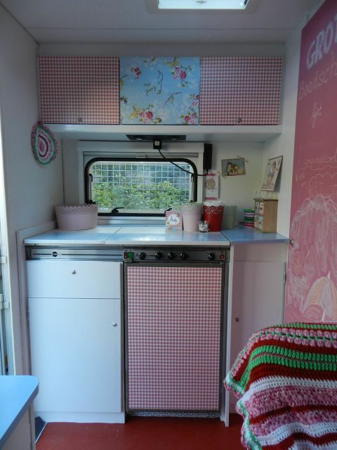 les 25 meilleures id es concernant r novation int rieure camping car sur pinterest caravane. Black Bedroom Furniture Sets. Home Design Ideas