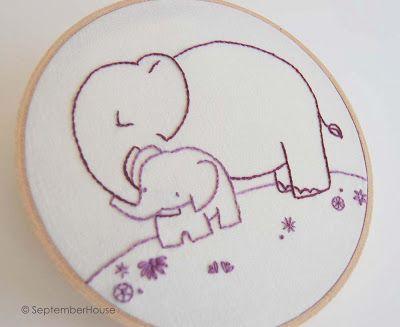 Idea de bastidor bordado con elefantes para cuarto de bebé