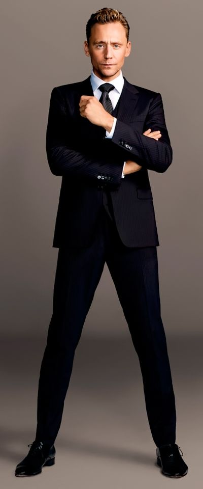 Tom Hiddleston by Matthias Vries-McGrath. Full size image: http://ww1.sinaimg.cn/large/6e14d388gw1ex67fwo6o8j20k00qo0v4.jpg Source: http://www.doanhnhancuoituan.com.vn/giai-tri/phim/tom-hiddleston-duoc-yeu-thich-nho-dong-vai-phan-dien.html