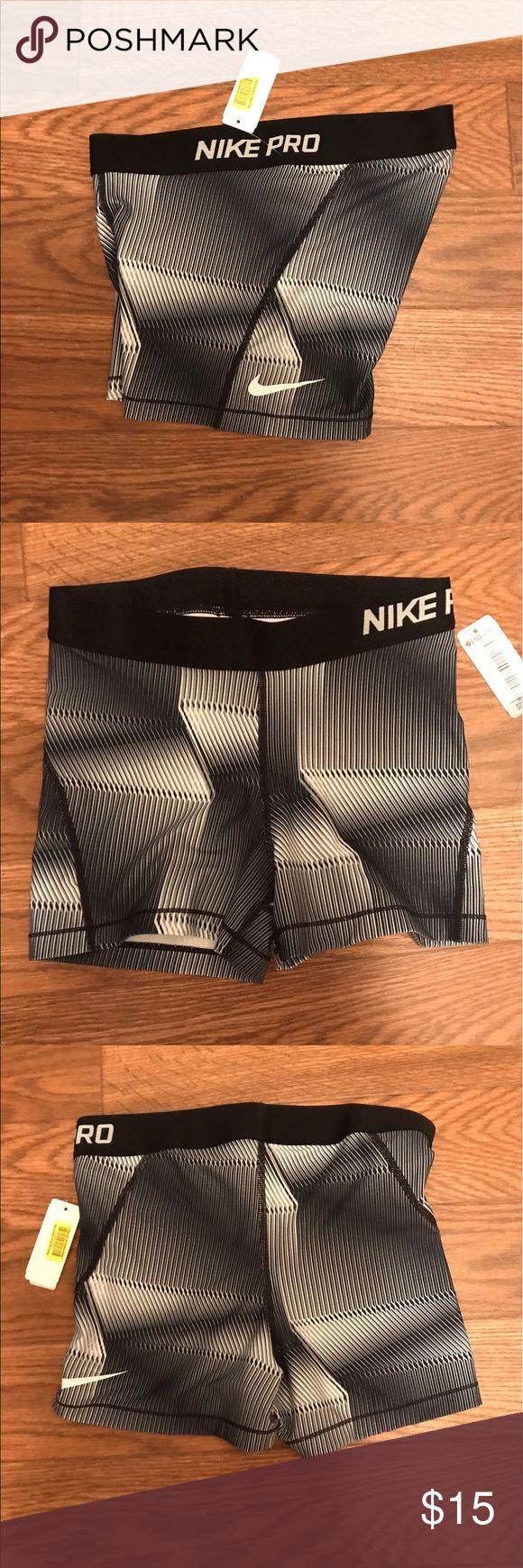 Nike dri fit shorts Nike dri fit shorts. NWT . Size XL and has all original tags Nike Shorts