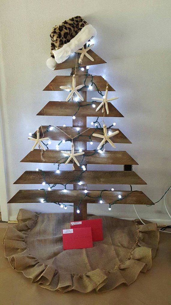 Custom Shabby Chic Reclaimed Wood Christmas Tree Easy Storage Great For A Coastal Christmas Secon Wood Christmas Tree Pallet Christmas Pallet Christmas Tree