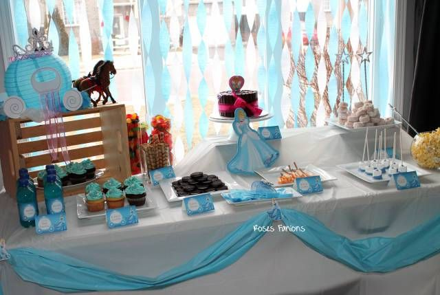 Table de fêtes Cendrillon Sweet table Cinderella #sweettable #tabledefetes #tablededouceurs #party #birthday