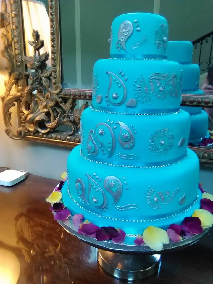 Indian Themed Wedding cake made by Kitchen Fairies Leeds
