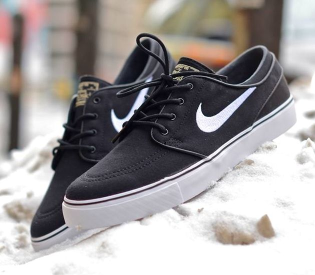 Nike SB Stefan Janoski Low CNVS – Black / White