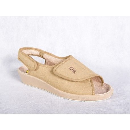 Sandalias con velcro y suela antideslizante