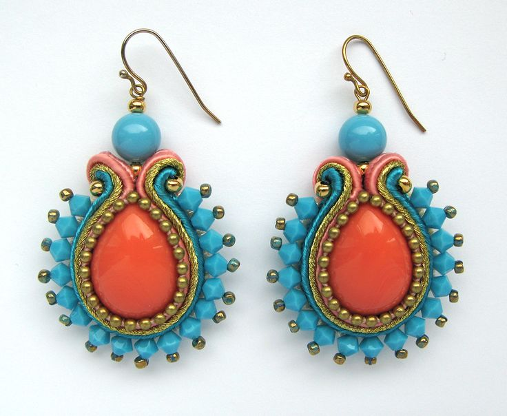 Coral/Turquoise soutache earrings. Basic shape.