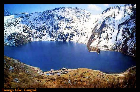 Tsomgo Lake, Gangtok:      Tsomgo Lake is located in north eastern part of Sikkim. It is situated on the Gangtok–Nathula highway, which makes a role of the erstwhile trade route from India to China. This lake has been worshipped as a holy lake by Sikkimese. The average depth of this lake is about 50 feet and 1 km long.