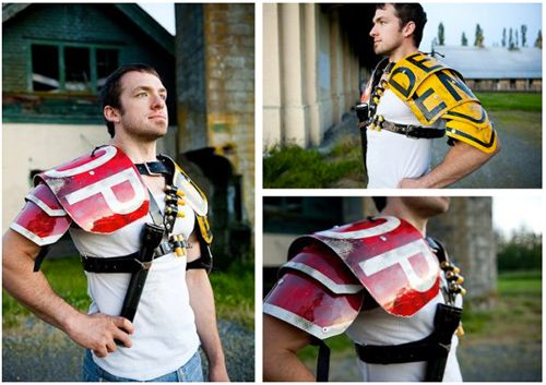 Post-Apocalyptic Armor | post-apocalyptic-metal-armor-made-from-street-signs