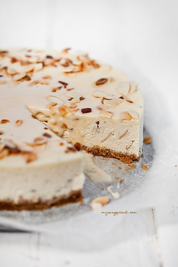 Almond amaretto cheesecake ღ