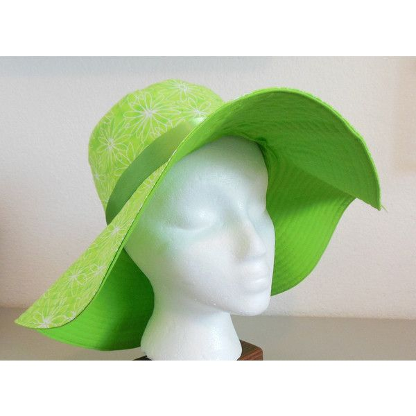 Green Sun Hat with Daisies ($25) ❤ liked on Polyvore featuring accessories, hats, brim sun hat, floppy sun hat, summer beach hats, green hat and cotton hat