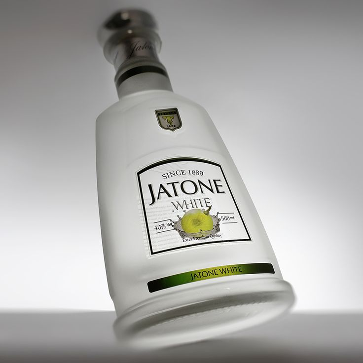 "Our bottle for brandy ""Jatone White"" #dancodecor #glsassdecor #glassdecoration #decor #decoration #glassprint #glass #glassart #packaging #packagedesign #bottle #bottledesigne #brandy #alkohol #jatone #ukraine #данкодекор #декораторстекла #декорстекла #декор #стекло #стеклотара #бутылка #бренди #алкоголь #дизайн #украина"