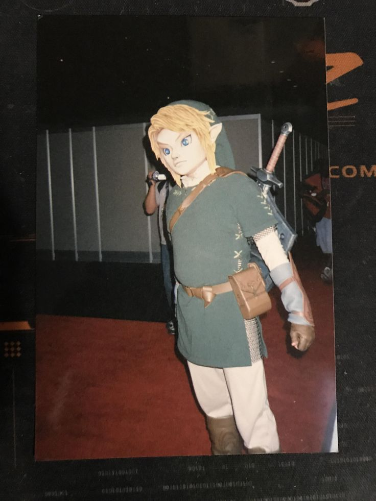 Found an old picture of this creepy Link from E3 2005.