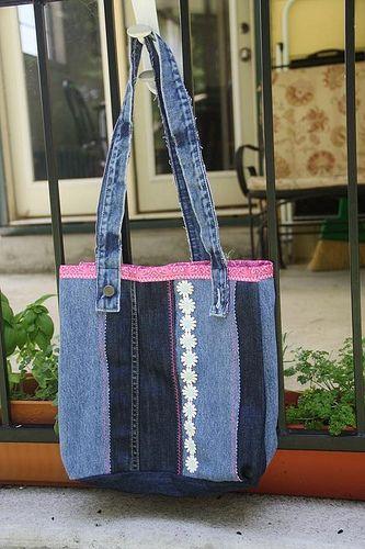 Denim Jeans Tote Bag Tutorial by JIMMIE LANLEY on JUNE 30, 2011