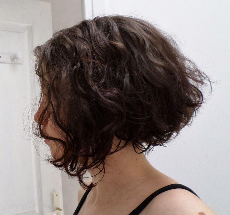les carnets de tin viel tutoriel se couper les cheveux au carr plongeant toute seule a. Black Bedroom Furniture Sets. Home Design Ideas