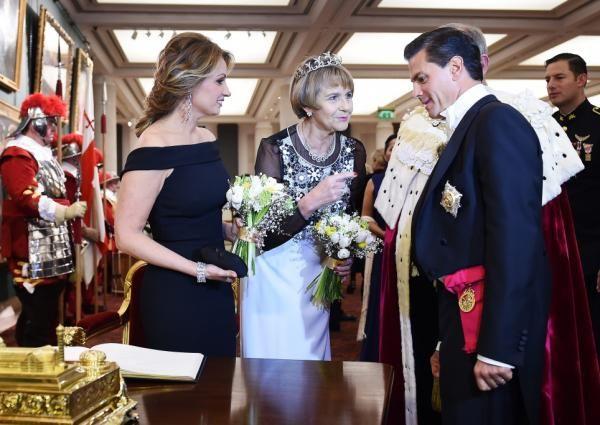 El vía crucis de Peña Nieto y su familia en la corte del Rey Arturo   Corte de Caja - Yahoo Noticias
