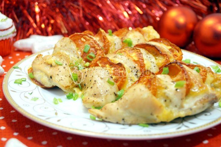 Запеченное куриное филе «Праздничное», это простой и оригинальный способ приготовить вкусное праздничное блюда с значительной экономией времени и денег.