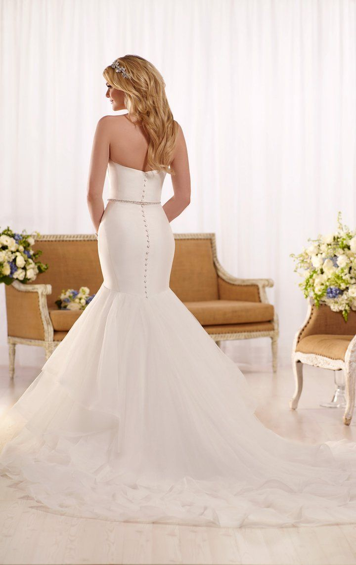 D2027 Fitted Wedding Dress Sell My Wedding Dress Fit And Flare Wedding Dress