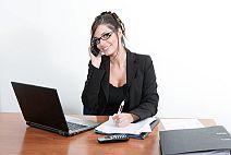 Aprenda as técnicas de secretariado. Profissão atraente com excelentes salários onde poderá atingir o cargo de secretária executiva bilingue. 1 x 120,00 ou 6 x no cartão