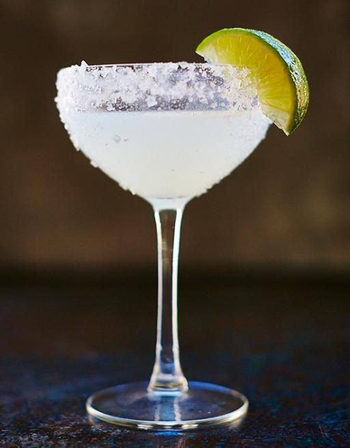 The origin of the Margarita recipe is fiercely debated, but we think it's got Mexico written all over it. With tequila, triple sec and fresh lime it's tart, zingy and satisfying.