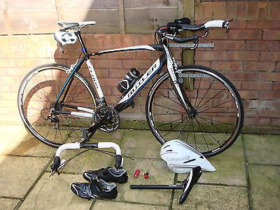 #Triathlon / road bike with #accessories,  View more on the LINK: 	http://www.zeppy.io/product/gb/2/322375591714/