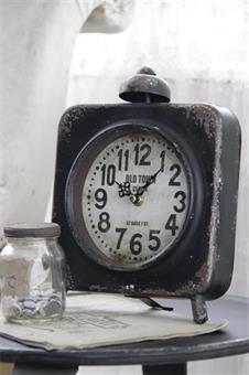 Svart bordklokke, clock, vintage, jeannedarcliving