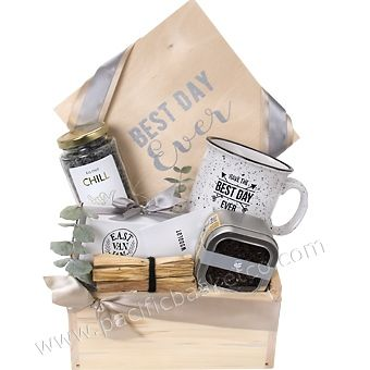 Looking for some great local Vancouver artisan products? This gift box has some great items to relax and have the best day ever!