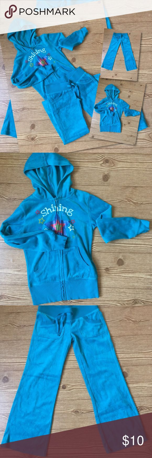 ⭐️GIRLS SHINING STAR JOGGERS SUIT⭐️ 🏃🏽♀️EUC, no signs of wear... for the cool gal🏃🏽♀️ size 7, The lighting is not the good today, the color is more of a turquoise.. Matching Sets