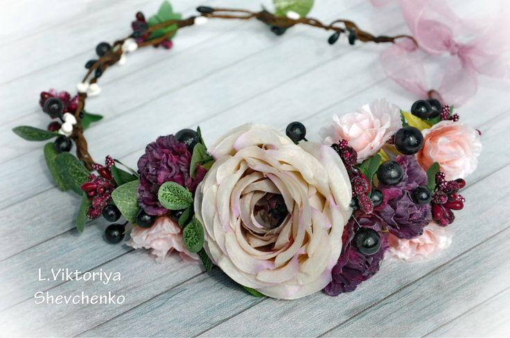 Эксклюзивные повседневные, вечерние, свадебные украшения для волос ручной работы. Заказать: https://www.etsy.com/ru/shop/LViktoriyaShop #LViktoriyaShop #wedding_bridal #wedding_bridal_crown #bridal_flower_crown #bridal_floral_crown #flowers #flowershop #дизайнер #венок #украшение #аксессуар #свадебныйаксессуар #свадьба #красота #красивоеукрашение #изделия #ручнаяработа #венокдляневесты #украшениедляволос
