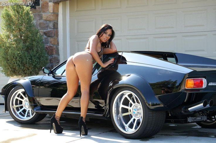 Cars and super hot girls dress