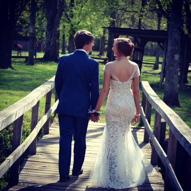 Prom, pictures, love, couples, vintage, country, pearls, cowgirl boots, bridge