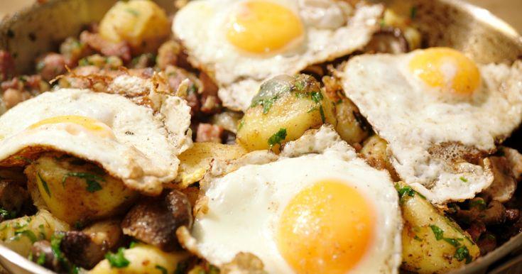 Met een restje aardappelen maak je een fantastisch eenpansgerecht uit Oostenrijk.
