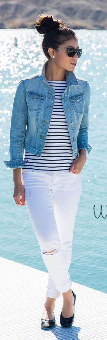 White denim, denim jacket, black ballet flats. I love this causal classic look! Image source