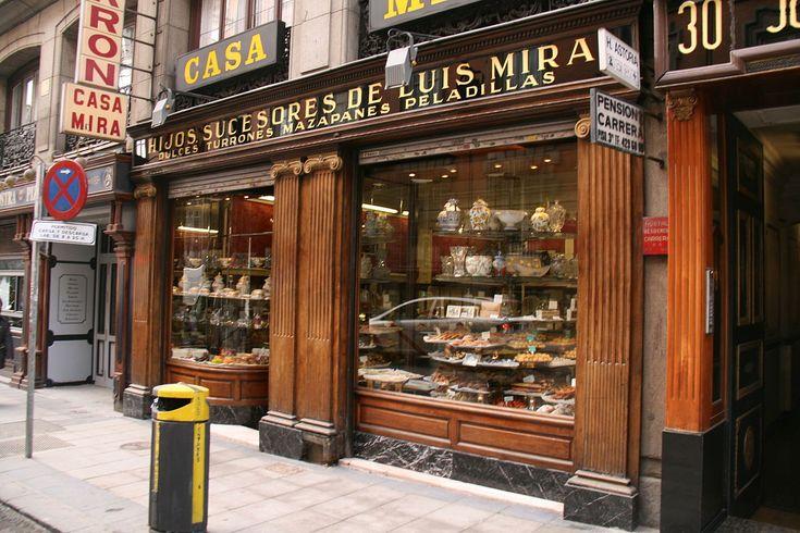 https://es.wikipedia.org/wiki/Casa_Mira