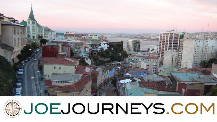 El video muestra muchas lugares en Valparaíso. ¡El ciudad es muy bello! Tiene muchos edificios con colores vívido. Hay ilimitado cosas hacer aquí. -D.L