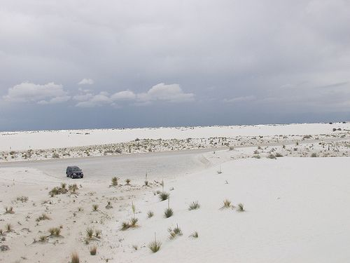 White Sands New Mexico | That's my old Mercedes ML320 in the… | Flickr