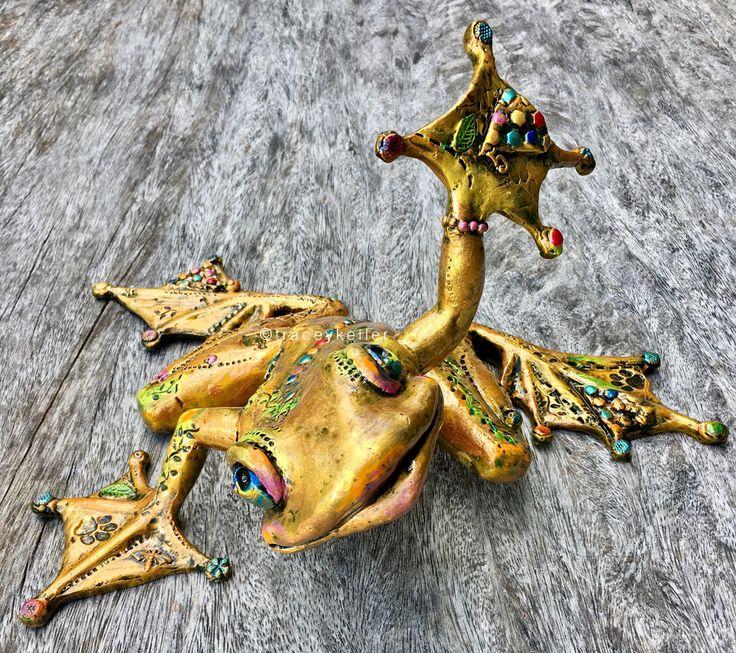 High 5 Frog Edition 12 | Tracey Keller BRONZE Frog Sculpture