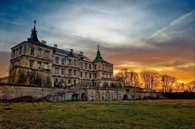 Мистическая Украина: заброшенные замки с привидениями   Новости туризма на Обозревателе