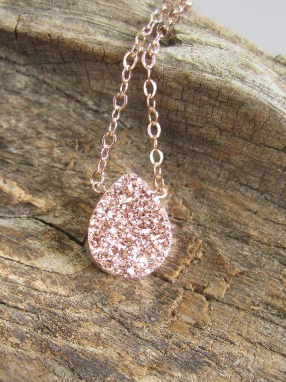 Rose Gold Druzy Halskette Titan konkaver Quarz von julianneblumlo